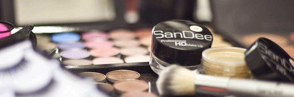 Daniela_M_Weise_Make-Up-Artist-Hairstylist-Brautstyling_Hochzeit_Brautfrisur_München_