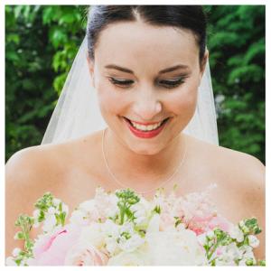 Daniela-M.-Weise-Brautfrisur-München-Hochzeit-Frisur-Brautstyling-München-Brautmakeup